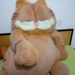 Garfield de pelúcia 1,60 X 1,50 braço a braço