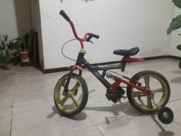 Título do anúncio: Bicicleta infantil pneus não fura por serem de borracha amortecedor no quadro