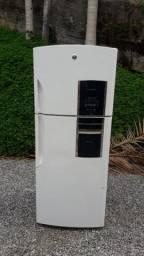 Geladeira GE 542 litros
