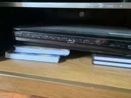2 Blu-Ray (Samsung e Sony) cada