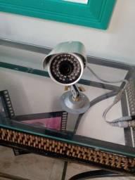 4 câmeras de segurança