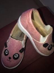 Título do anúncio: Sapato infantil feminino tamanho 22