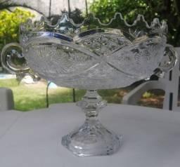 Vendo lindo centro de mesa de cristal