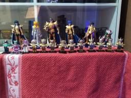 Título do anúncio: action figures cavaleiros do zodiaco e legos !!!!
