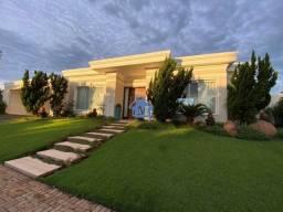 Título do anúncio: Maravilhosa Casa Térrea de Luxo, 4 Suítes, em Condomínio Fechado!