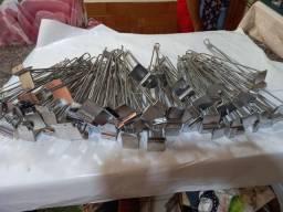 50 peças Suporte para prateleiras de painel canaletado cromado 30