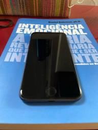 Título do anúncio: IPhone 8 64gb EM PERFEITO ESTADO COM CAIXA E NOTA FISCAL