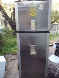 2 geladeiras R$350,00