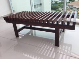 Banco ou mesa ripado em madeira maciça