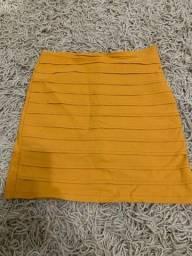 Short saia bem conservado  TAM U veste até o G