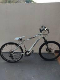 Título do anúncio: Bicicleta 26 - Trocador Shimano - Freio a Disco