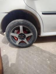 Aro 15 4 pneus zero rolo em 17 ou 15