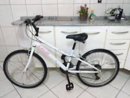 Bicicleta aro 24 Caloi Ceci