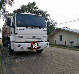 Ford Cargo 2422 2004