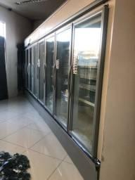 Expositor refrigerado 8 portas