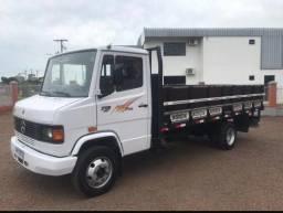 MB 710 carroceria ou chassi/ facilito compra