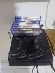 Playstation 4 + 2 controles + 8 jogos