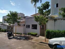 Título do anúncio: Apartamento para Venda em Bauru, Jd. Higienopolis, 3 dormitórios, 1 suíte, 2 banheiros, 1