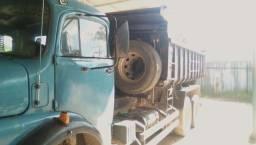 Caminhão Mercedes 1113 Truck Caçamba