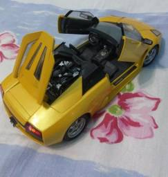 "Carrinho Dodge Challenger ou Lamborghini ""de metal - scala 1/18"""