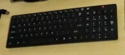 Teclado com mouse sem fio