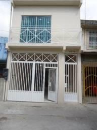 Lotus Vende, Casa com 02 Pavimento na Rua Bernal do Couto, Bairro do Umarizal