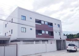 Apartamento em Mangabeira, Prox a Pizzaria do Paulista, 2qts e Varanda