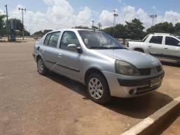 Vende se Clio sedan - 2005