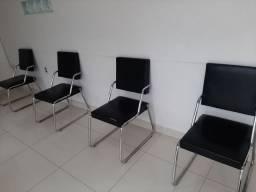Cadeiras . Contato *. Valor 50,00 cada