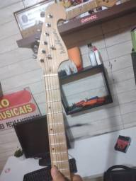 Guitarra washburr más pedal distorção blutal
