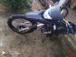 Troco Honda xre 300 (leia)