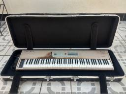 Piano Kurzweil SP88 + Case