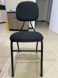 Vendo conjunto de 6 cadeiras. R$60,00 reais, cada.