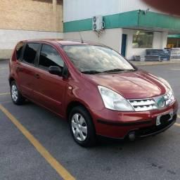 Nissan Livina automático 1.8 2010