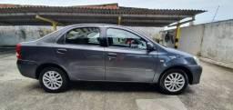 Etios Sedan XLS (Top de Linha!) - Carro Novíssimo - Sempre revisado na Autorizada Toyota!