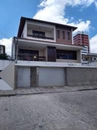 Casa pra vender nas Lourdinad com 4 suítes