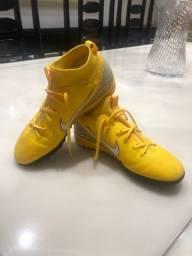 Chuteira Nike mercurial n.33/34