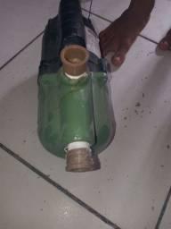 Bomba de água nova
