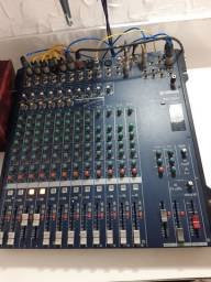 Mesa de som Yamaha 16 Canais mg16cc (Usada)