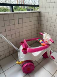 Triciclo Velobaby Bandeirante Passeio & Pedal - Rosa