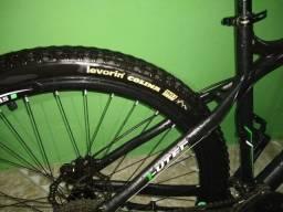 Bicicleta GTSM1 ARO29
