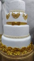 Título do anúncio: vendo bolo fake casamento/ noivado
