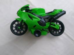 Moto à Fricção Verde