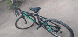 Bicicleta nova quase não foi usada