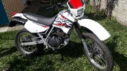 Título do anúncio: vendo Honda XR 200R
