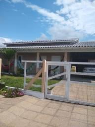 Título do anúncio: Aluguel para veraneio na praia de Capão Novo Village