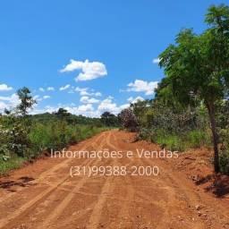 Título do anúncio: Oportunidade. Vendo Terrenos de 20.000m2 em Excelente Localização de Divinópolis