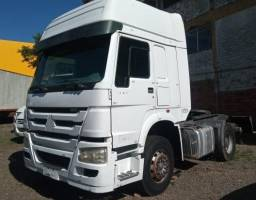Caminhão Sinotruck Howo 380 6x2