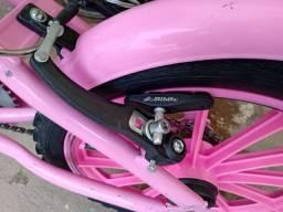 Bicicleta menina aro 16 super conservada funciona tudo