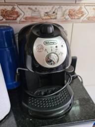 Maquina de Café Espresso Manual De Longhi EC 220 Preta